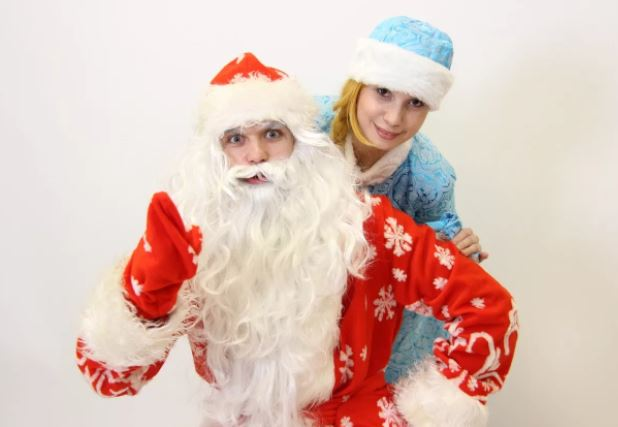 Дед Мороз и Снегурочка в Симферополе